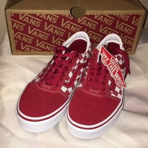 NWT Vans Checkered Red & White Ward Skate Shoes